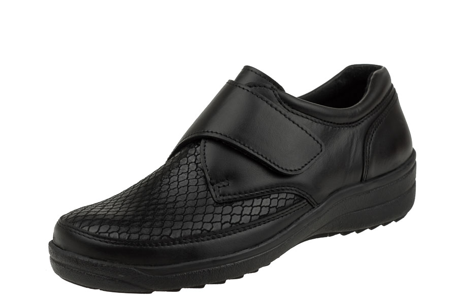 Półbuty Comfortabel koloru czarnego